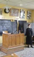La Maison d'école de Pouilly le Fort